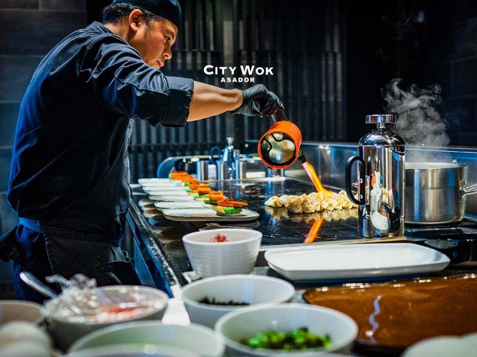 Plancha teppanyaki en Asador City Wok Elche